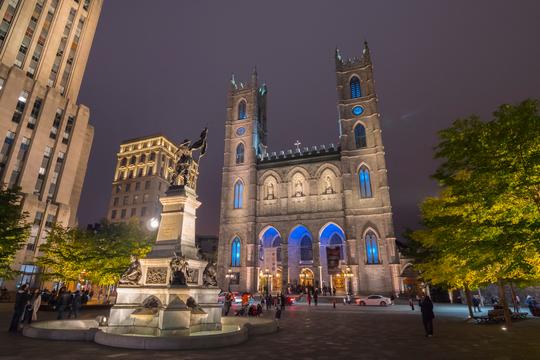 Ezra Cohen Montréal visite la basilique Notre-Dame